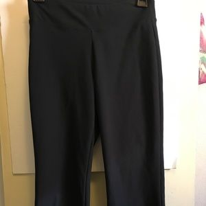 Nike Dri-Fit cropped wide leg pant